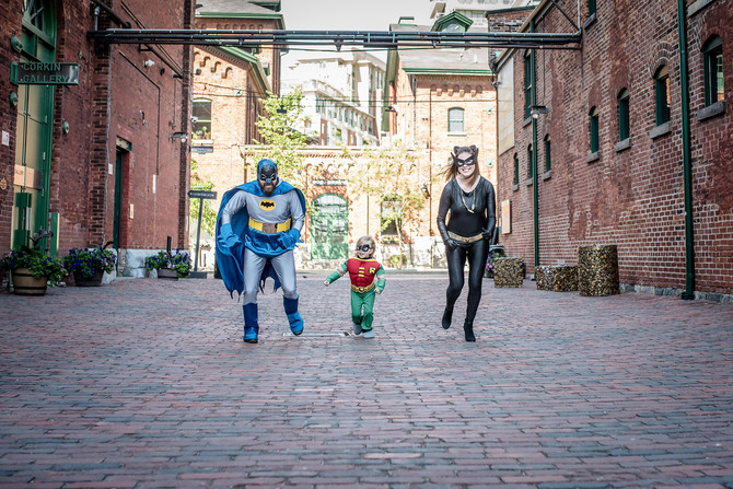 Toronto West / Mississauga East Photographer | When your parents are Superheroes | Toronto Family