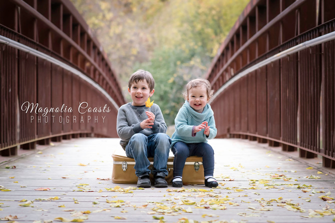 Toronto West / Mississauga East Photographer | Liam & Kate | Fall Sibling Session