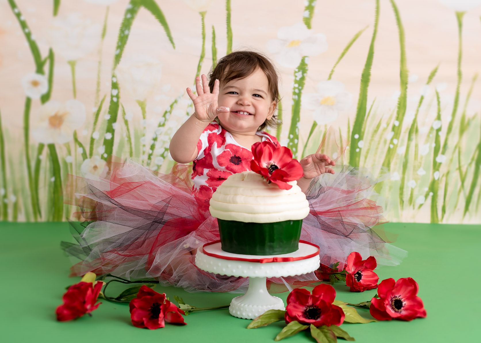 Cake Smash PoppyDSC_6475-Edit.jpg
