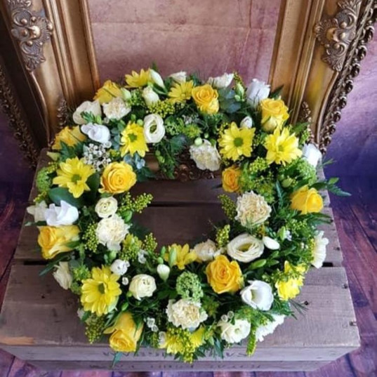 Funeral Wreaths, Hearts + Cushions 040