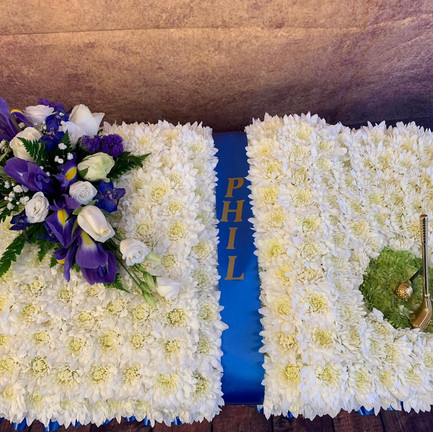 Funeral Wreaths, Hearts + Cushions 009