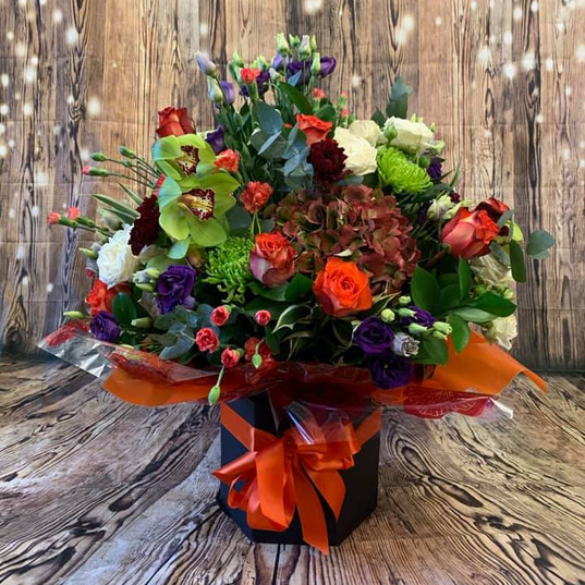 Flower Bouquets and Aquas 206