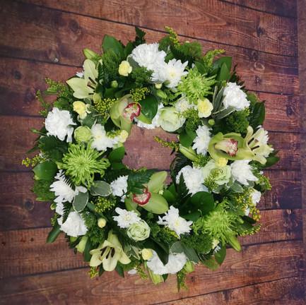 Funeral Wreaths, Hearts + Cushions 036