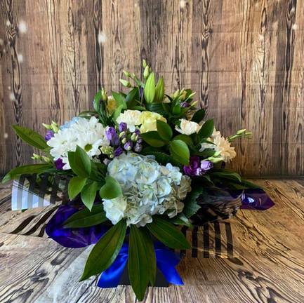 hydrangea aqua bouquets3.jpg