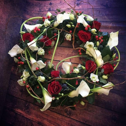 Funeral Wreaths, Hearts + Cushions 028