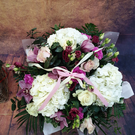 hatbox flower arrangement top view2.jpg