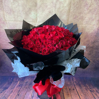 100 red rose flower bouquet