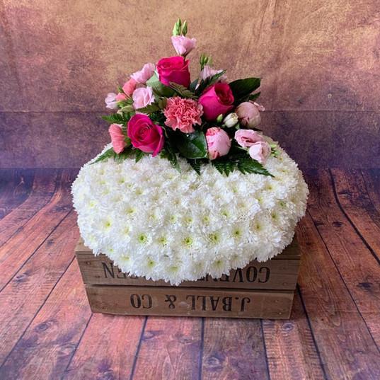 Funeral Wreaths, Hearts + Cushions 001