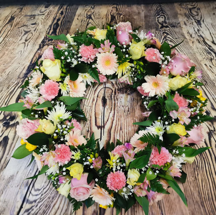 Funeral Wreaths, Hearts + Cushions 044