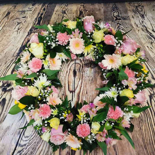 Funeral Wreaths, Hearts + Cushions 044