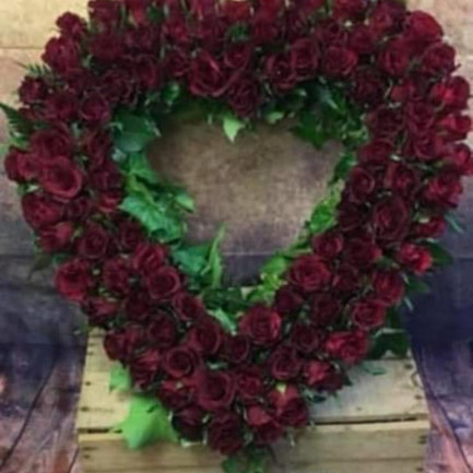 Funeral Wreaths, Hearts + Cushions 023