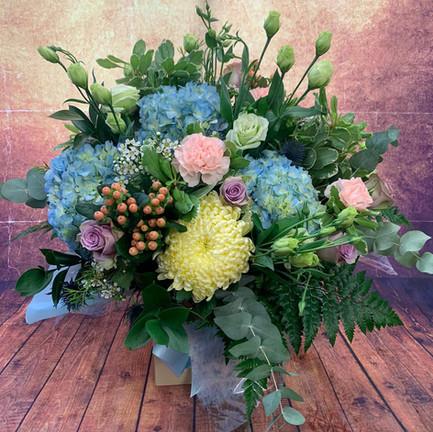 extra large prestige aqua flower bouquet.jpg