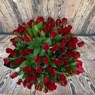 80 red roses top down