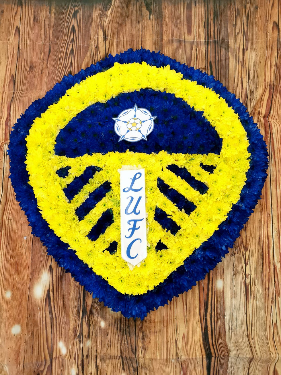 leeds united shield bespoke funeral tribute.jpeg