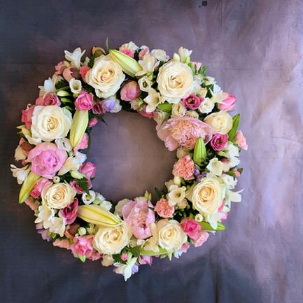 Funeral Wreaths, Hearts + Cushions 035