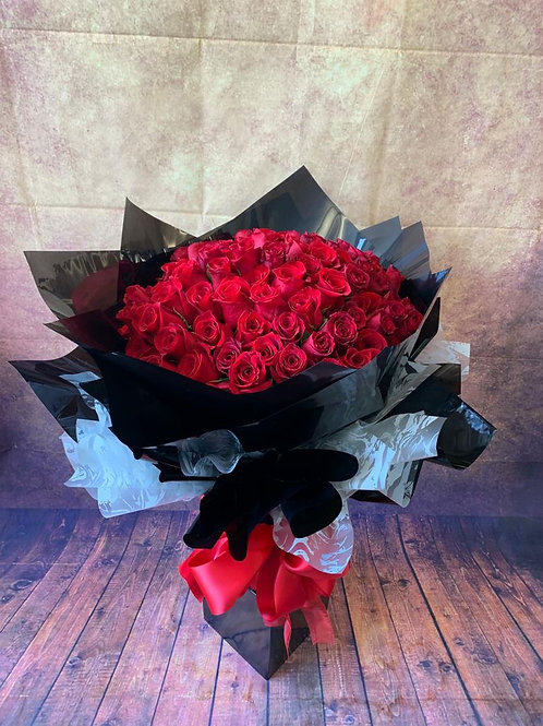 100 Red Roses Flower Bouquet (Side View)  - Handmade Floral Arrangement In Water