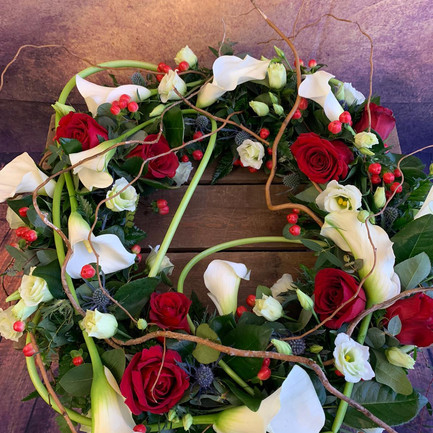 Funeral Wreaths, Hearts + Cushions 033