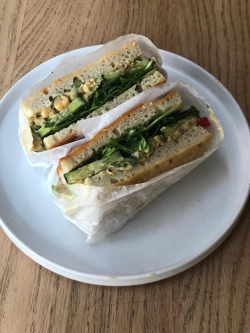 chickpea no tuna vegan sandwich.jpeg