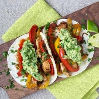 Chicken & Bell Pepper Fajitas with Guacamole .