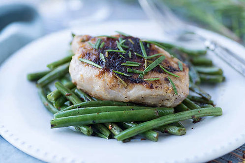 Applesauce-glazed rosemary pork with sauteed green beans