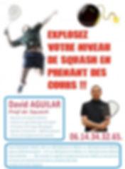 Cours de squash. Enseignement avec un professeur de sqaush