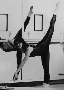 Performing : 1983