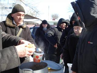 Православные приходы в Бресте присоединились к проекту «обеды для неимущих»