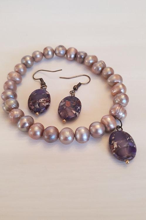 """""""Honor"""" Bracelet & Earring Set"""