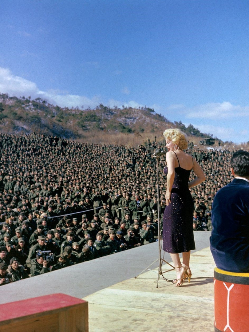 entertaining troops in korea-min.jpg