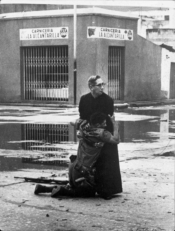 venezuela padre-min.jpg