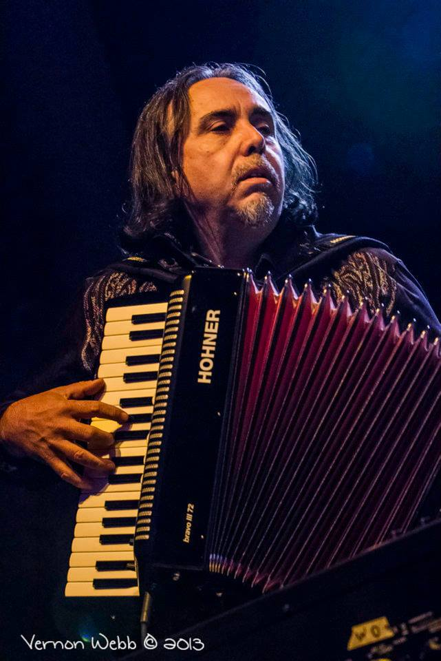 B accordion profile