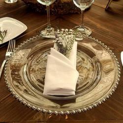 Bajo plato cristal perlas plata