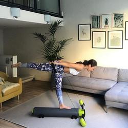 #everydayfitness #pilateseveryday #pilateslover #balance #leggings #motr #homestudio #pilates #tonin