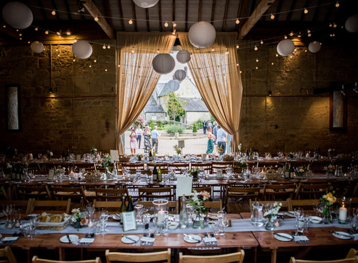 Ashleywood Farm - Sims Attending This Stunning Well Located Venue, With A Secluded Feel