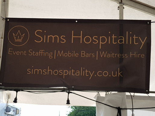 A Bar For 10,000 People - Sims At Amesbury Carnival 2019