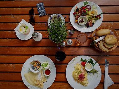 Vegetarian%20Food_edited.jpg