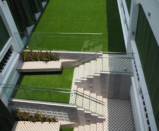 CS courtyard 04.JPG