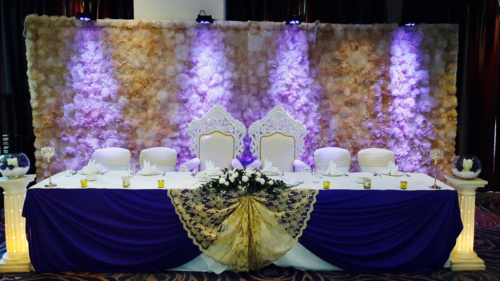 Flower wall backdrop_bride & groom thrones at The Nottingham Belfry 3