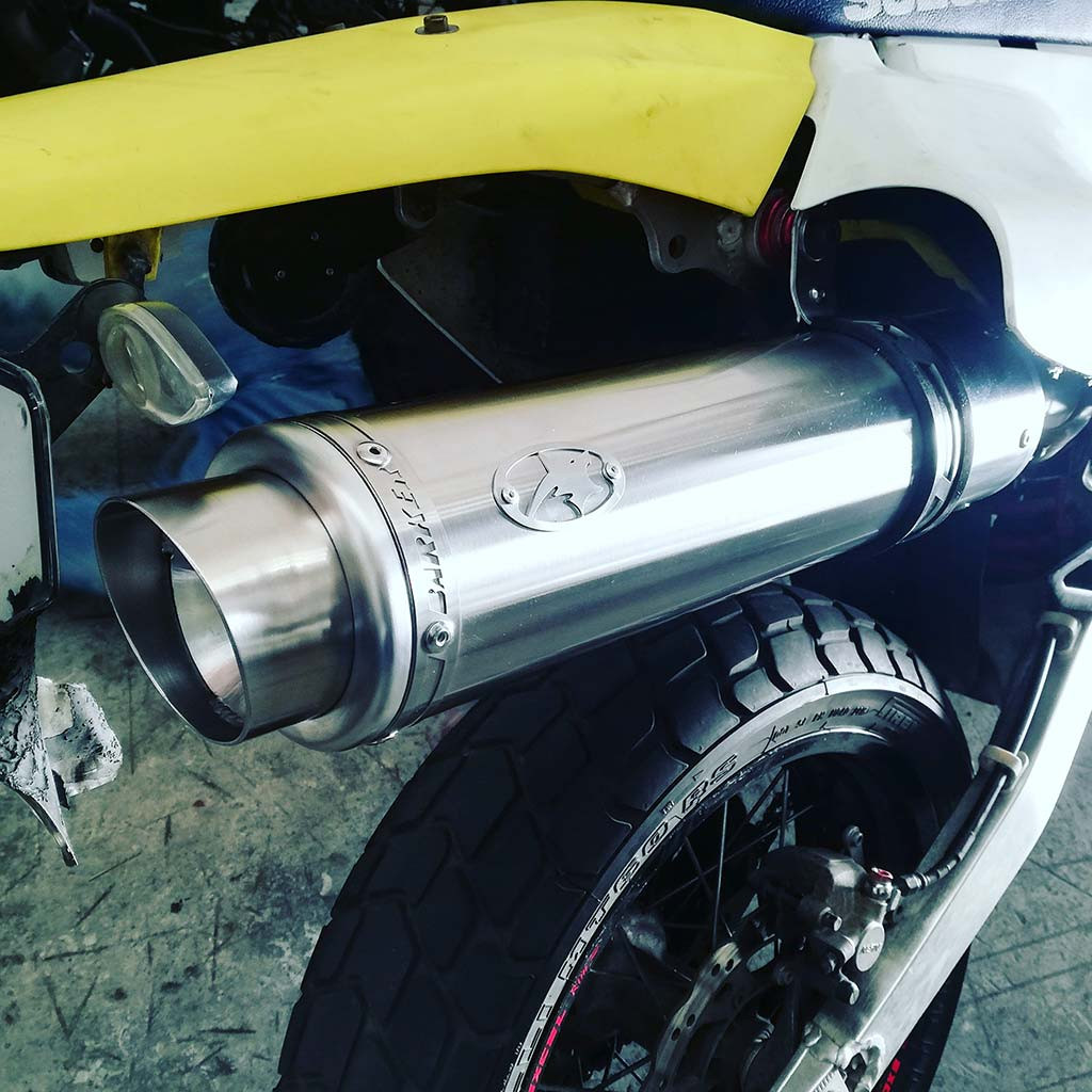 barker-exhausts-02.jpg