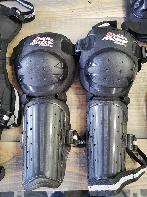 MX Knee Guards - Adult