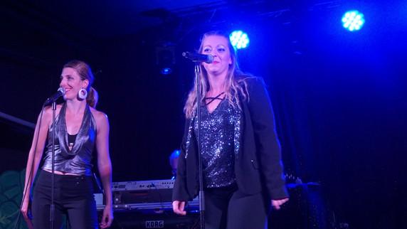 TOP 50_(c) Live Fever - Amélie et Anaëlle