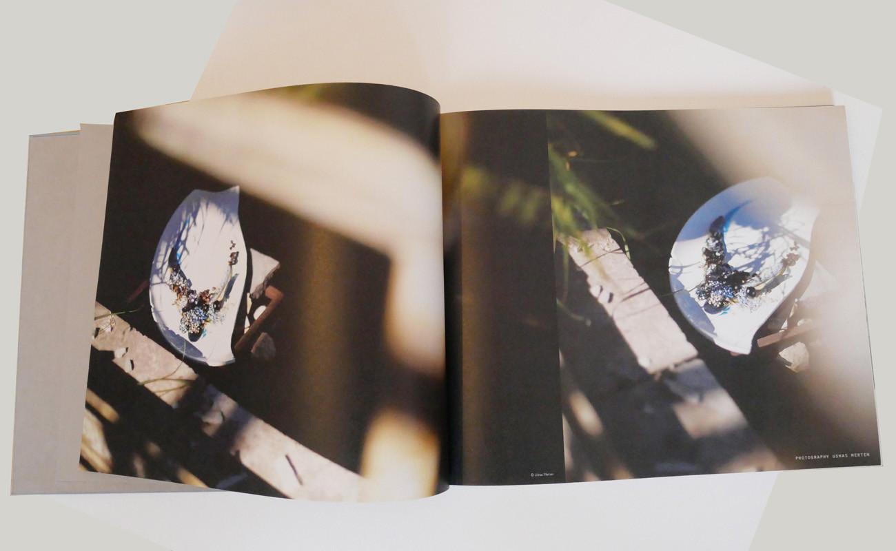 tasteful-jewellery-book2.jpg