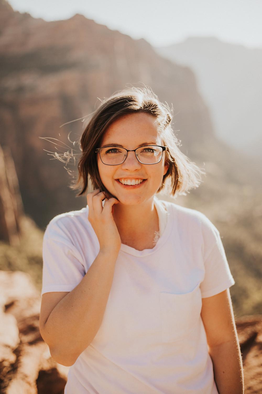 Oregon Elopement Photographer - Venturing Vows