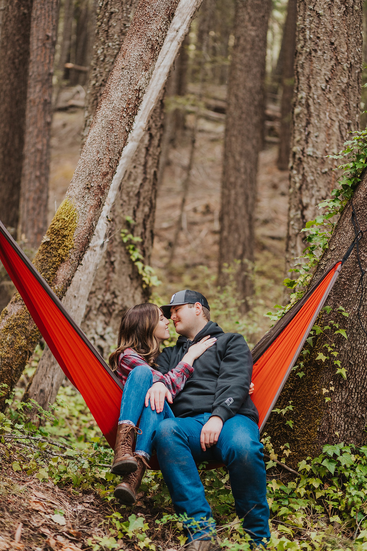 Southern Oregon Engagement Photos - OR Photographer