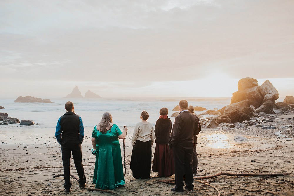 Brookings, OR Beach Elopement with Family
