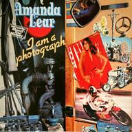 AMANDA LEAR: I AM A PHOTOGRAPH