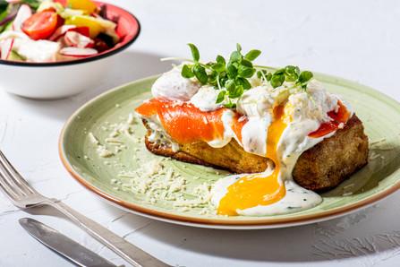 eggs benedict-2.jpg