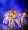 chorégraphie de street dance durant un spectacle de fin d'année du studio vdanse au pradet