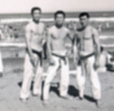 ss-3-people-beach-cropped.jpg