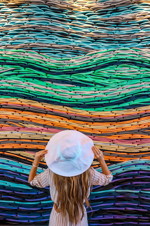 flip flop wave art